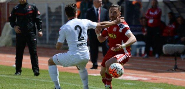 Sivasspor: 2 Gençlerbirliği: 1 -Maç özeti-
