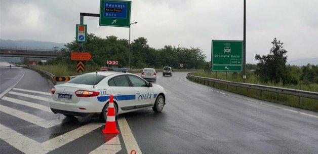 TEM Otoyolu trafiğe kapatıldı