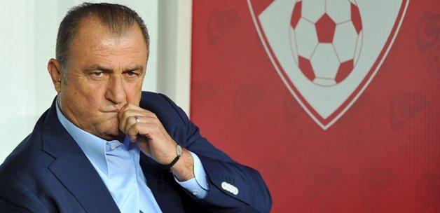 Terim'den Volkan açıklaması: 'Milli takımda oynatan...'