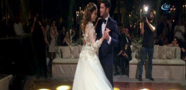 Ünlü oyuncular Ezgi Eyüboğlu ve Kaan Yıldırım evlendi