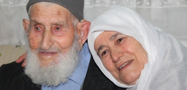 111 yaşında cezaevine giren Mehmet dede vefat etti