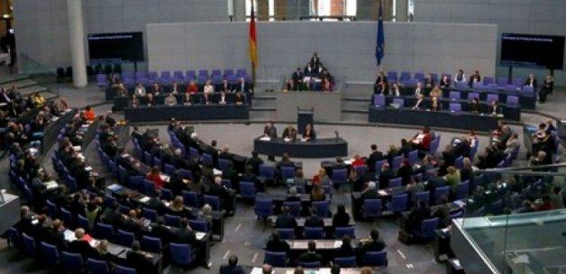 Almanya'nın skandal kararı için kim ne dedi?