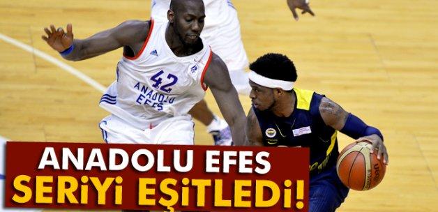 Anadolu Efes seriyi eşitledi: 1-1
