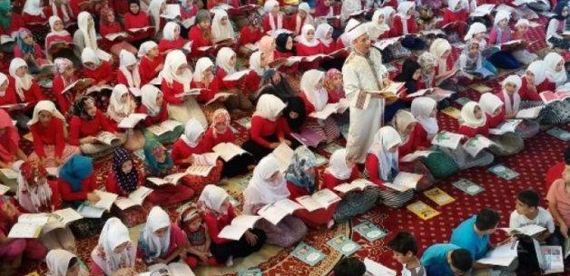 Çocuklar Kur'an Kursuna akın ettiler! Rekor sayı