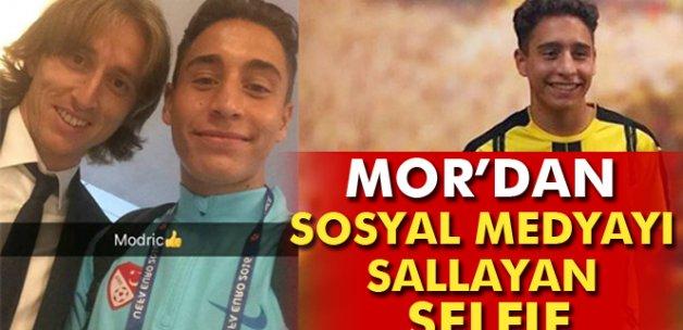 Emre Mor'dan Modricli selfie