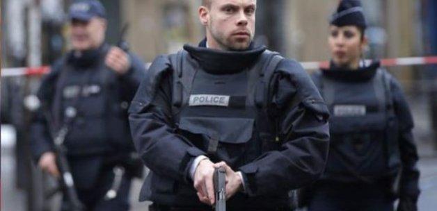 Fransa'da turist otobüsüne saldırı
