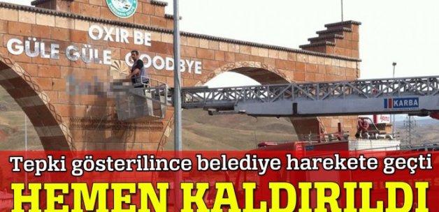 'Hoş Geldiniz, Güle Güle' tabelasından Ermenice kaldırdı