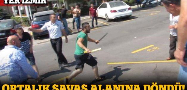 İzmir'de zabıta-esnaf kavgası! Palalarla çıktılar...