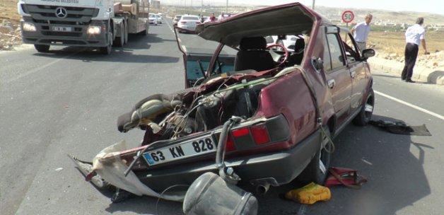 Karnelerini alan öğrenciler dönüş yolunda kaza yaptı: 1 ölü, 3 yaralı