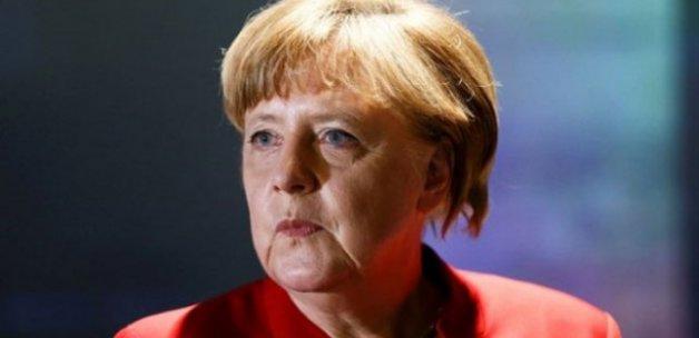 Merkel'den Türkiye'den gelen eleştirilere sert tepki