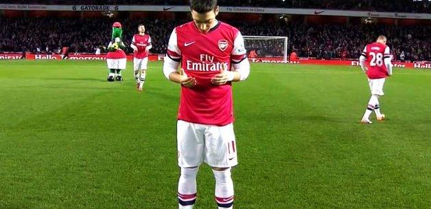 Milli Marşı okumayan Mesut Özil'e şok tepki!