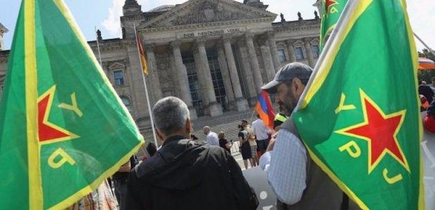 Türkiye düşmanları Almanya'da bayram ediyor