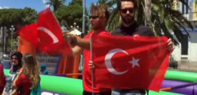 Türkler, Nice sokaklarını festival alanına çevirdi