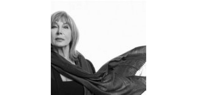 Yazar Ayşe Kulin, 'Nefes Nefese' romanıyla İtalya'da prestijli ödülün sahibi oldu