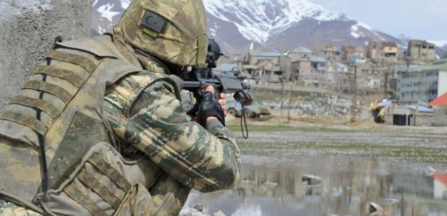 Ağrı'da çatışma çıktı, yaralı asker var