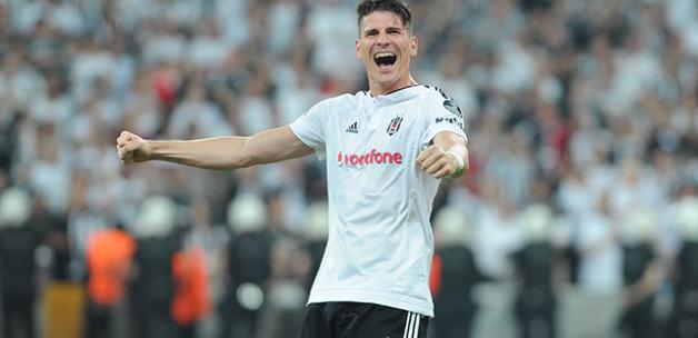 Beşiktaş Yönetimi, Mario Gomez ile Tekrar Görüşecek