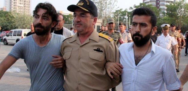 Darbeci Amiral Demirhan: 'Emirleri uyguladım'