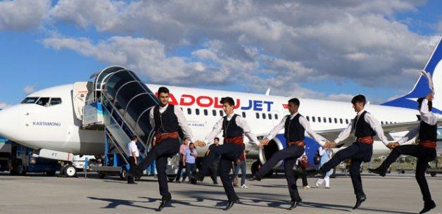 Erzurum-Antalya uçak seferleri başladı