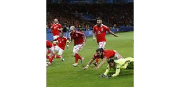 Euro 2016'nın 'ejderhası': Galler'in önyargıları yıkan öyküsü