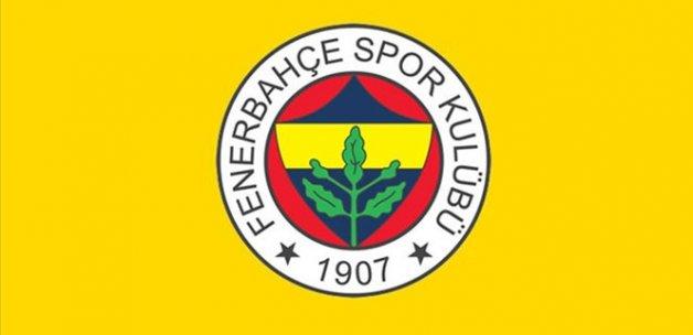 Fenerbahçe'den 3 futbolcu için imza töreni