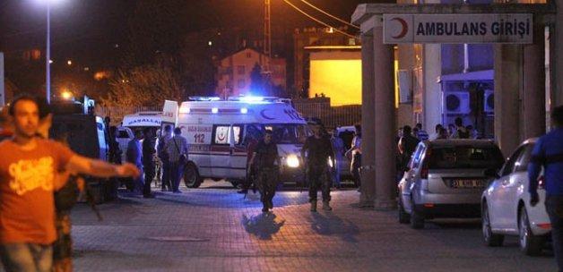 Hakkari'de polis kontrol noktasına saldırı: 3 yaralı