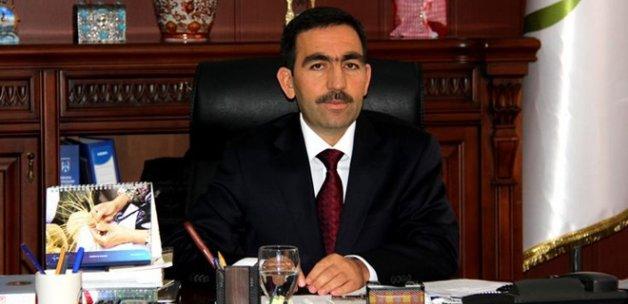 Hakkari Üniversitesi Rektörü Ceylan, gözaltına alındı