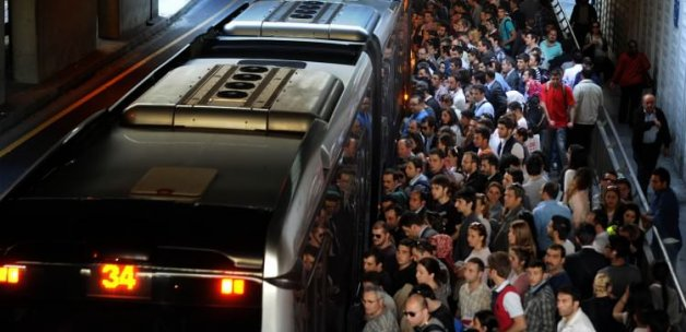 Metrobüs sapığına ibretlik ceza!