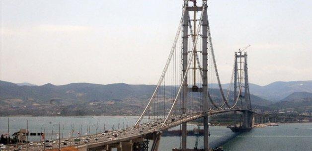 Osmangazi Köprüsü'ne ilgi devam ediyor