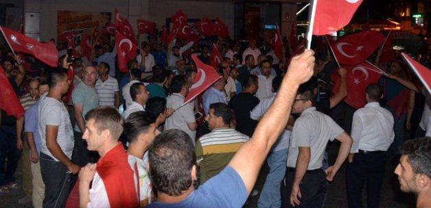 Sivas'ta Demokrasi Nöbeti Sürüyor!