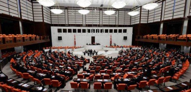 3 parti yeni anayasa için bir araya geliyor