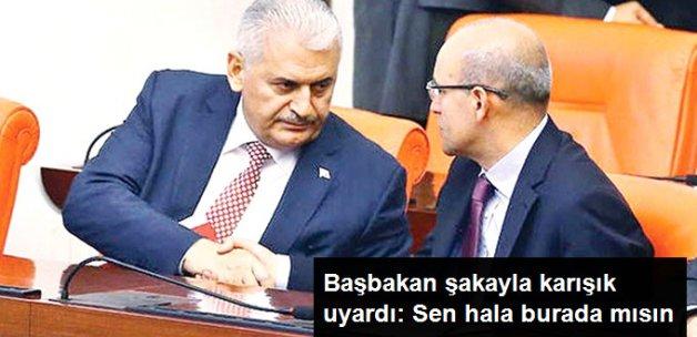 Başbakan Yıldırım'dan Mehmet Şimşek'e: Sen Hala Burada mısın?