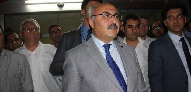 Bombalı aracı Türk bayrağıyla kamufle etmişler