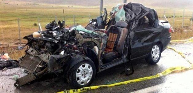 Erzincan'da trafik kazası: 4 ölü