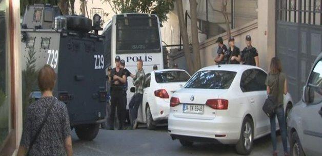 Kapatılan Özgür Gündem gazetesinde polis araması