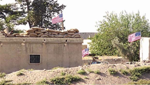 ABD: Bayrağı biz çektik, askerlerimize ateş açıldı