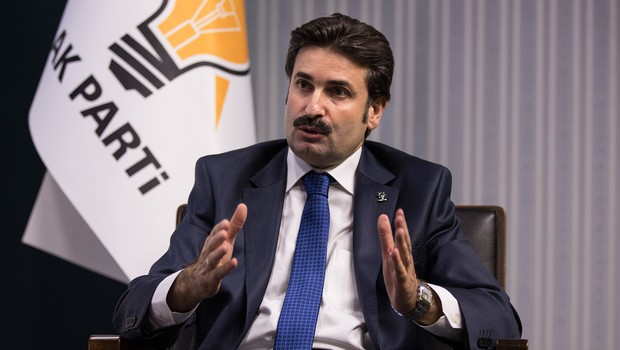 AK Partili Üstün: AK Parti'de temizlik operasyonu yapılmalı