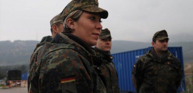 Alman askerler Irak'tan ayrılıyor