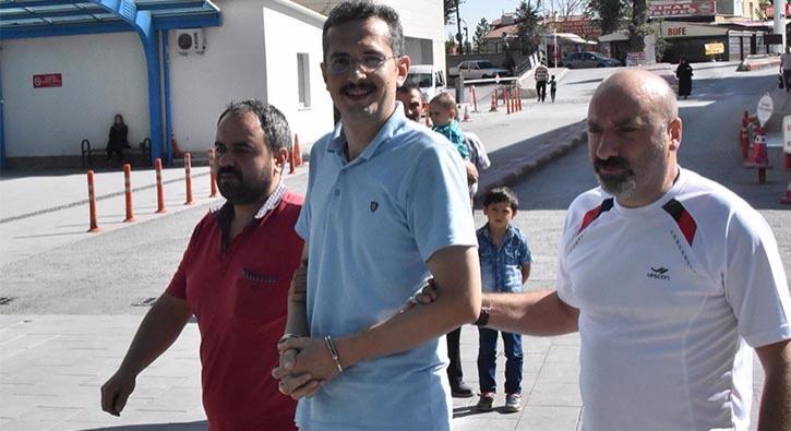"""""""Ben devletim"""" diyen FETÖ'cü emniyet müdürüne polisten tokat gibi yanıt"""