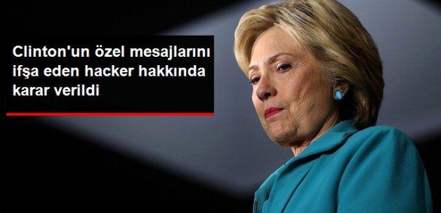 Clinton'ın E-postasını İfşa Eden Kişiye Hapis Cezası