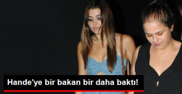 Hande Erçel, Kıyafetiyle Kutlamaya Damga Vurdu