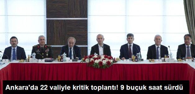 İçişleri Bakanı Soylu 22 İlin Valisiyle Görüştü
