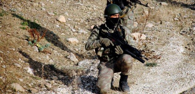 PKK'nın üst düzey yöneticilerine hava destekli operasyon