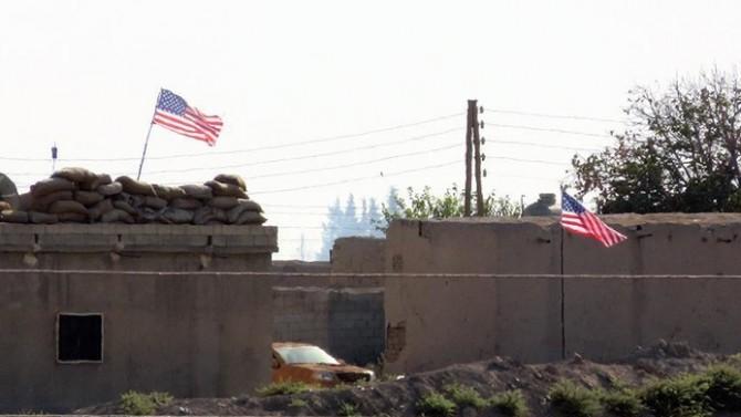 PYD karargahında ABD bayrağı