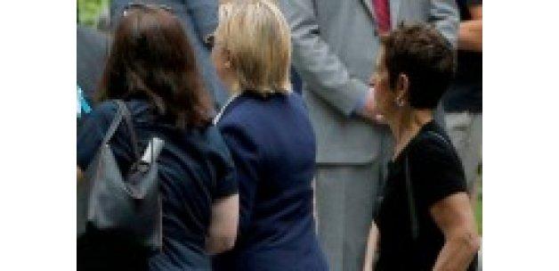 Rahatsızlanan Hillary Clinton'a teşhis konuldu