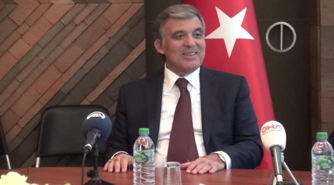Son Dakika: Abdullah Gül: OHAL'ler bitmeli, Türkiye'nin geleceği güçlü demokrasi