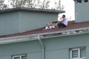 Bursa'da hastane çatısında intihar pazarlığı