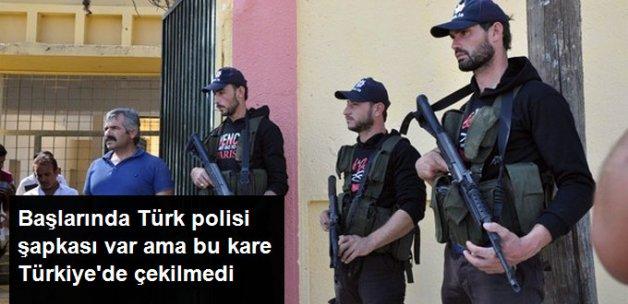 Cerablus'ta ÖSO Üyelerine Türk Polisi Şapkası