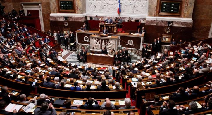 Fransa'da Senato inkâr yasasını onayladı
