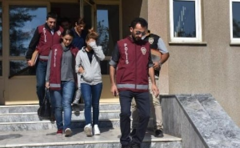 Ortaokul öğrencilerine para karşılığı fuhuş yaptırılmış