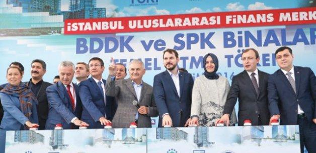 Paranın yeni adresi İstanbul